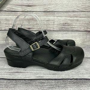 Sanita Black Leather Closed Round Toe Buckle Ankle Strap Block Heel Sandal SZ 11